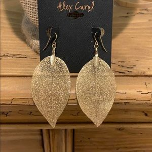 Jewelry - Gold Leaf Earrings